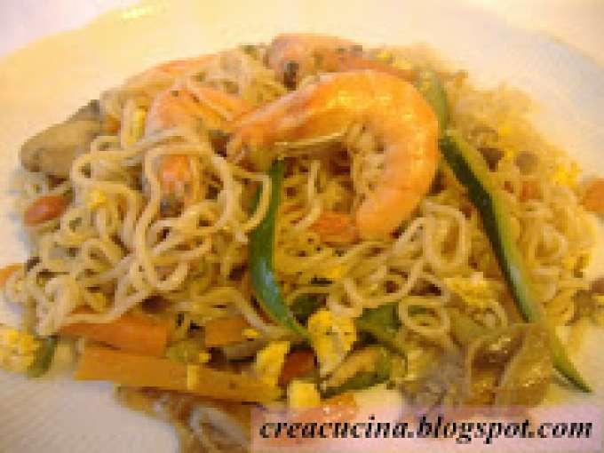 Spaghettini cinesi con verdure e gamberi ricetta petitchef for Gamberi alla piastra cinesi