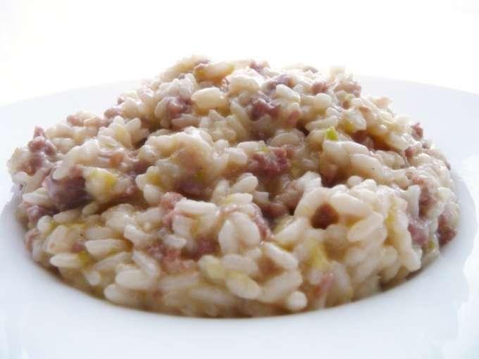 Risotto ai porri e salsiccia ricetta petitchef for Ricette risotti veloci