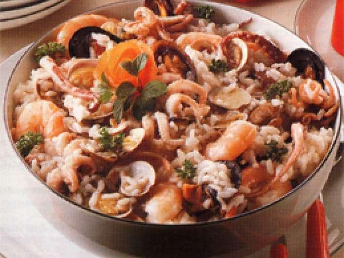 Insalata di riso al pesce ricetta petitchef for Pesce chicco di riso