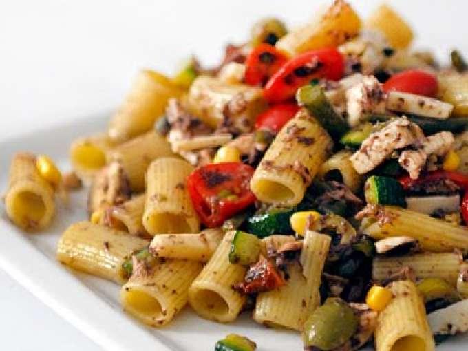 Pasta fredda estiva al pate 39 di olive ricetta petitchef for Ricette cucina estive