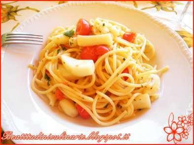 Spaghetti seppie e gamberetti ricetta petitchef for Cucinare konjac