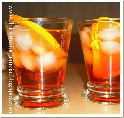 Aperol spritz ricetta petitchef for Bicchiere da spritz
