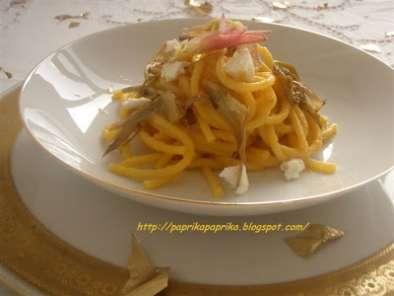 Ricetta pasta con carciofi e caprino