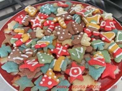 Biscotti Di Natale Effetto Vetro.Biscotti Decorati Di Natale Ricetta Petitchef