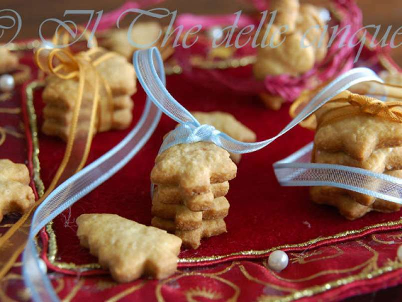 Ricetta Biscotti Di Natale.Biscotti Di Natale Facili E Veloci
