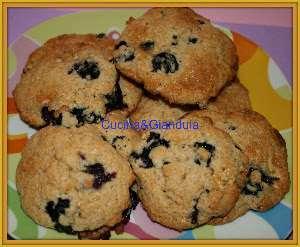 Ricetta Cookies Cioccolato Bianco E Mirtilli.Biscotti Morbidi Ai Mirtilli E Cioccolato Bianco Ricetta Petitchef