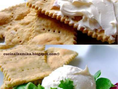 Crackers di okara e caprino fatto in casa ricetta petitchef for Case di cracker di florida