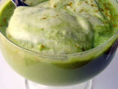 Crema di piselli allo yogurt greco e curry ricetta petitchef for Cucinare yogurt greco