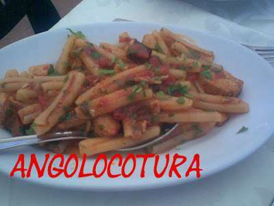 Cucina da single : casarecce con tonno fresco e melanzane, Ricetta ...