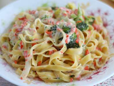 One pot pasta - Tagliatelle Broccoli e salmone, foto 4