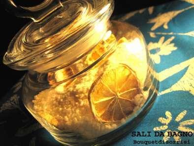Ricetta Sali Da Bagno Profumati : Sali da bagno profumati un regalo fai da te ricetta petitchef