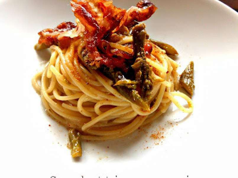 Spaghetti con asparagi bottarga e pancetta croccante