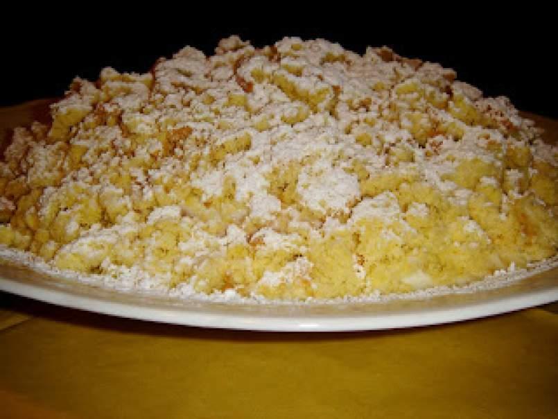 Torta mimosa all\u0027ananas per la festa della mamma,