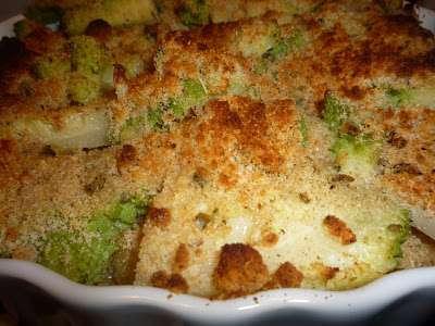 Tortino di patate e broccoli con croccante alla nocciola for Cucinare broccoli